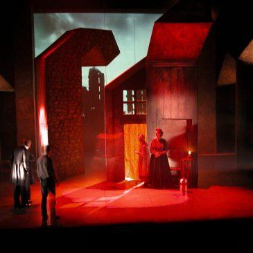 The Breathing House, Edinburgh Lyceum Theatre, 2003.